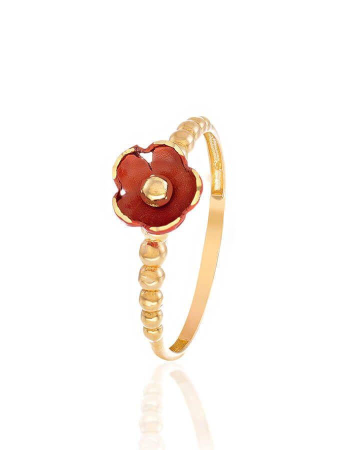 خاتم الزهرة الحمراء، من الذهب الأصفر عيار 18 قيراط والمينا الحمراء
