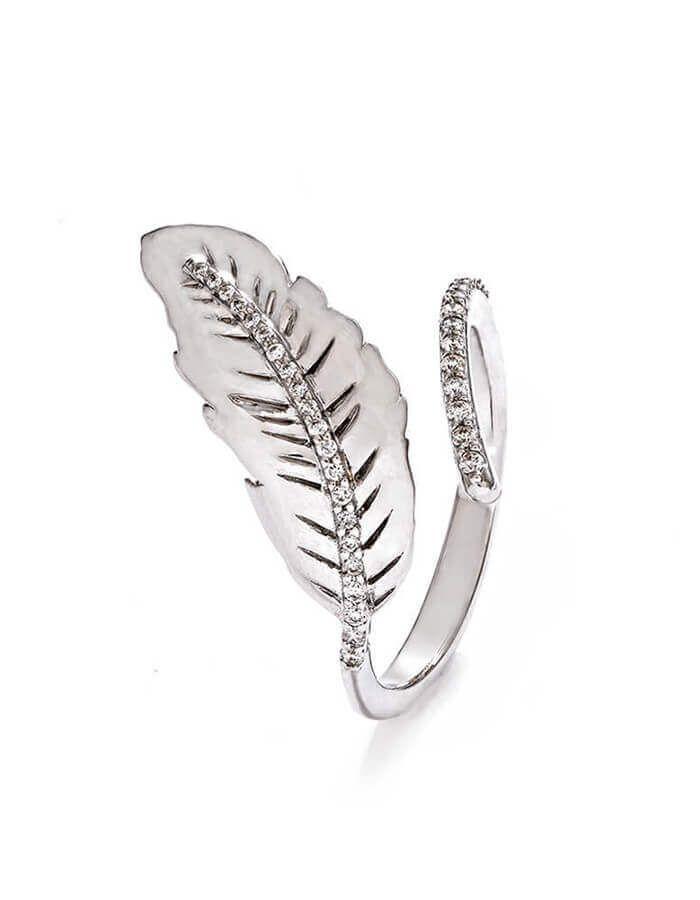 خاتم الريشة البراقة من الذهب الأبيض والألماس